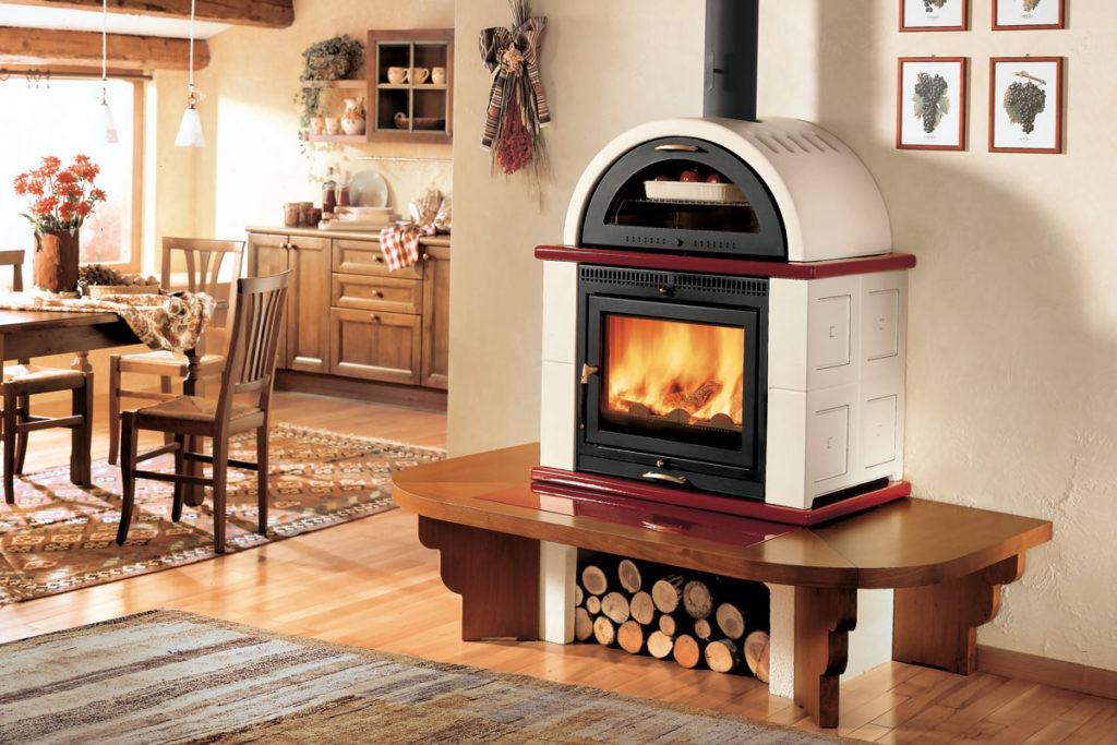 Der Holzofen mit Backrohr: So vergnüglich ist es, zu kochen, während ...