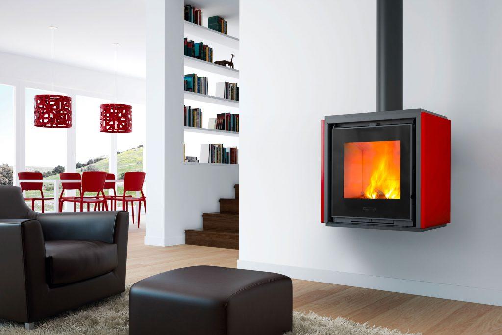 Holzofen Modell QUBE 1 mit Verkleidung aus Majolika Rosso Lava von Piazzetta.